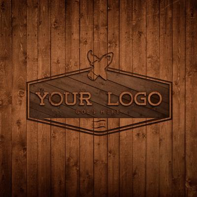 Логотип, выдавленный на дереве