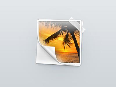 Фотография с загнутым краем