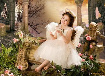 Детский шаблон Ангел в старинном замке