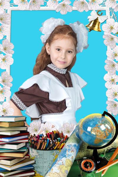Школьная рамка с белыми цветами